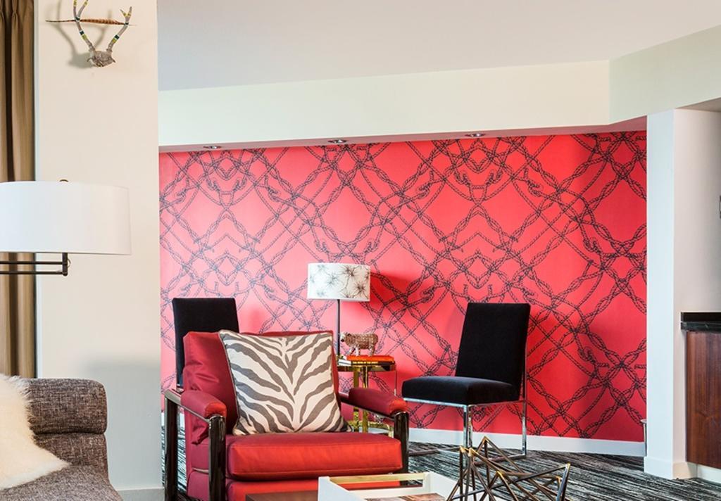 Hotel Derek Red Suite/Valentine's Day