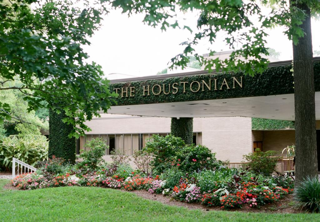 Houstonian Sign- Nancy Aidee Photography