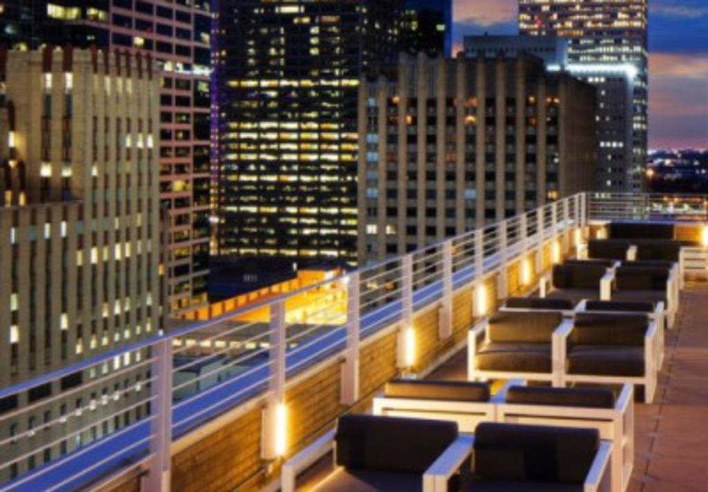 Le Meridien Rooftop Bar