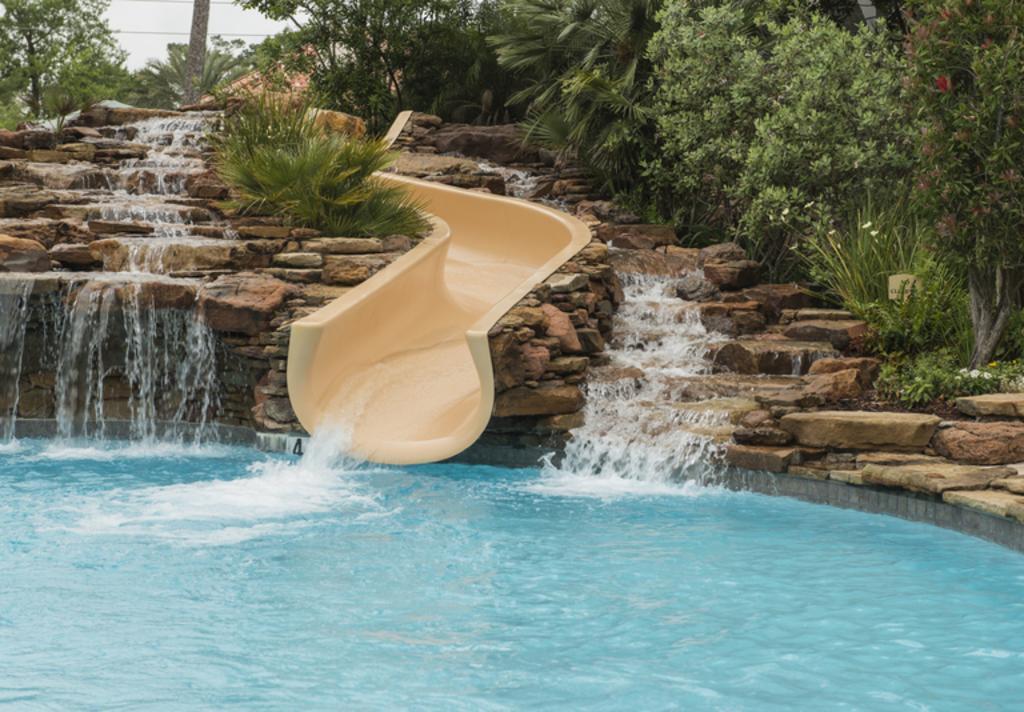 Houstonian Resort Pool