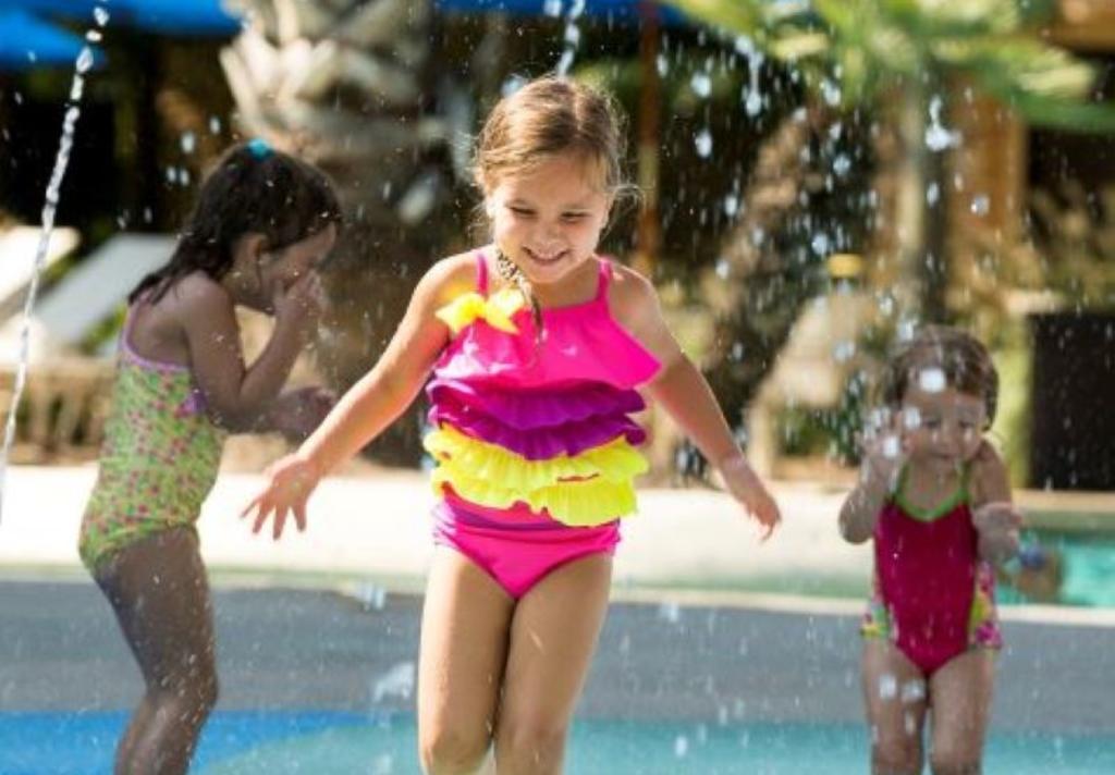 Woodlands Resort Girls Splashing