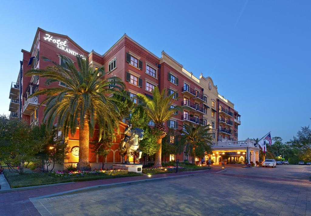 Hotel Granduca Front