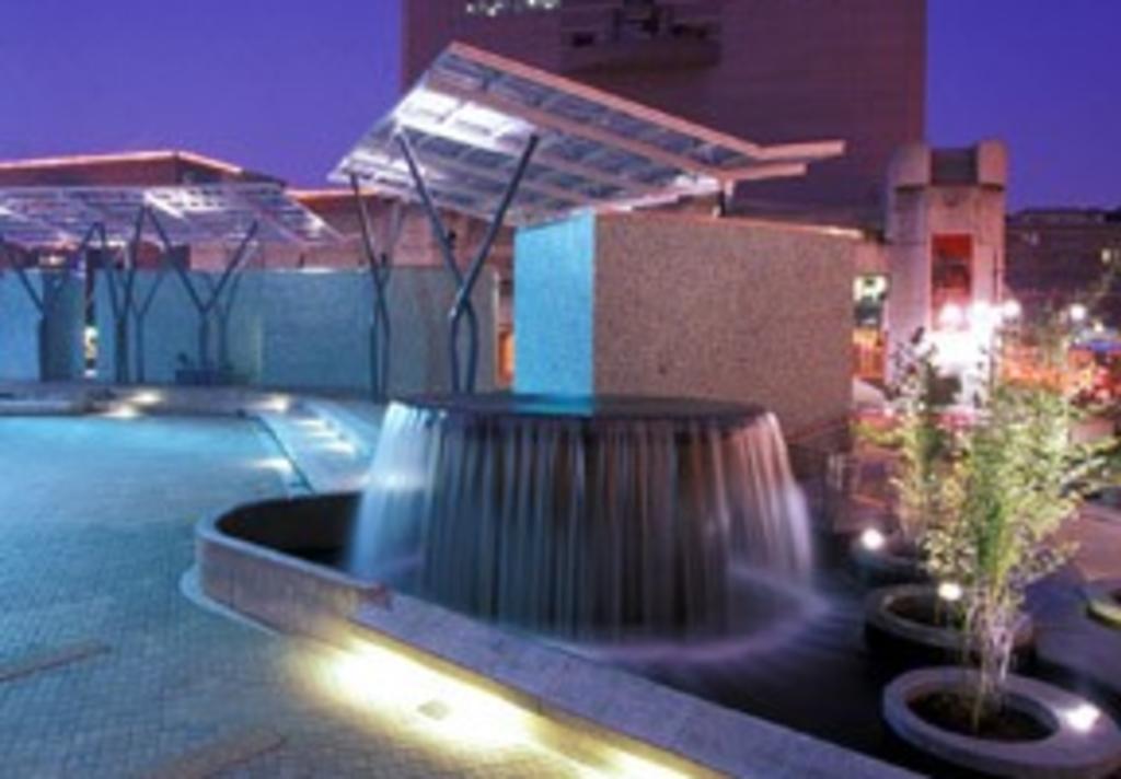 Jones Plaza