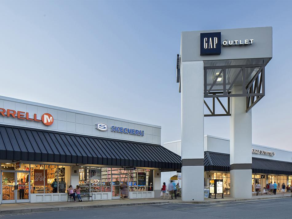 The Gap tower at Carolina Premium Outlets in Smithfield, NC.
