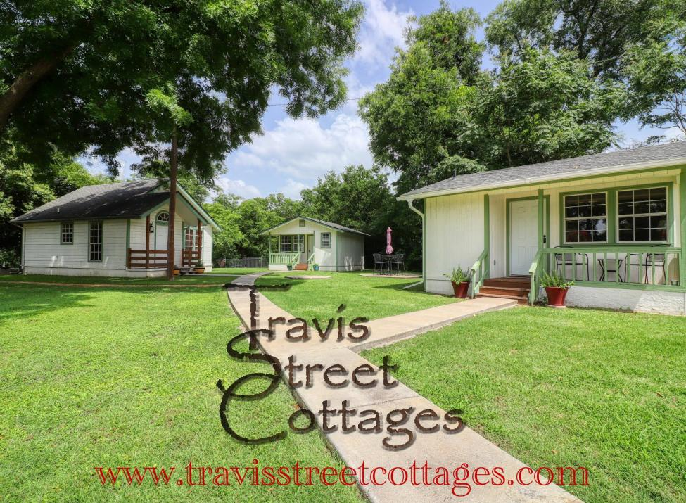 Travis Street Cottages