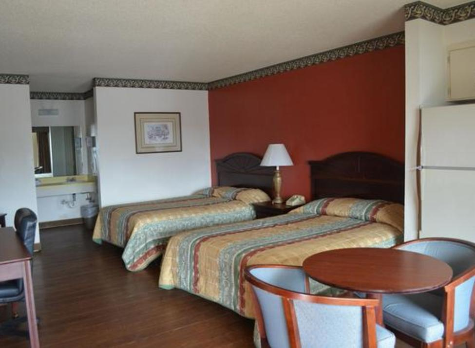 Granbury Inn and Suites