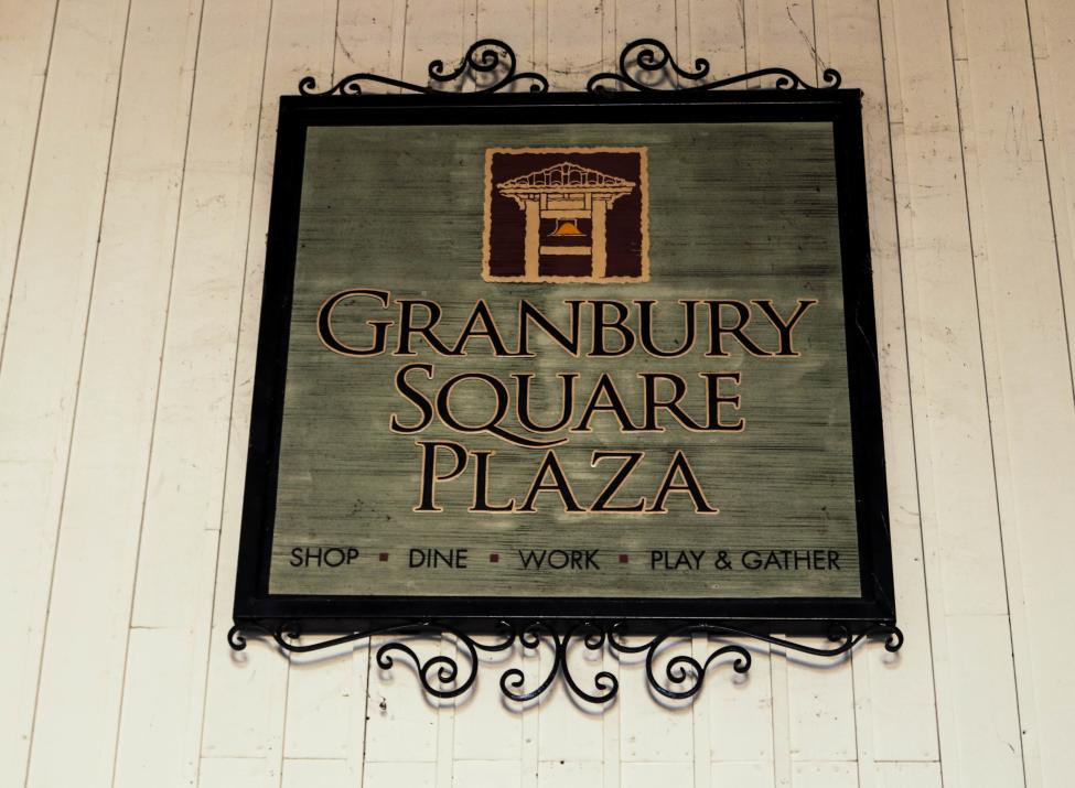 Granbury Square Plaza