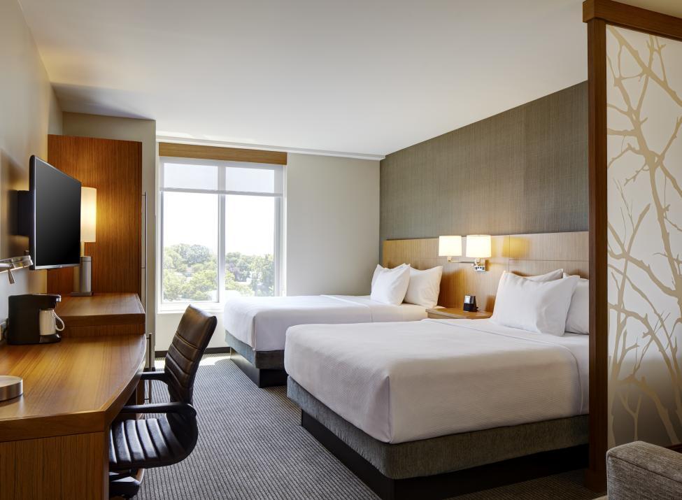 Hyatt Place Yonkers Double Double Guestroom
