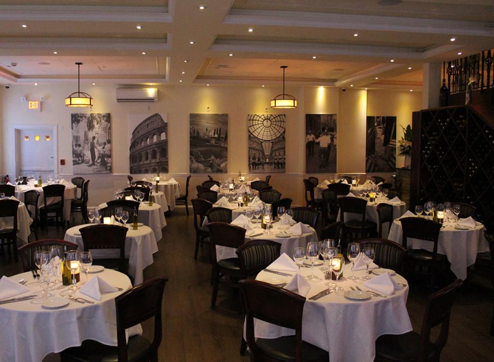 Sergios of Pelham dining room