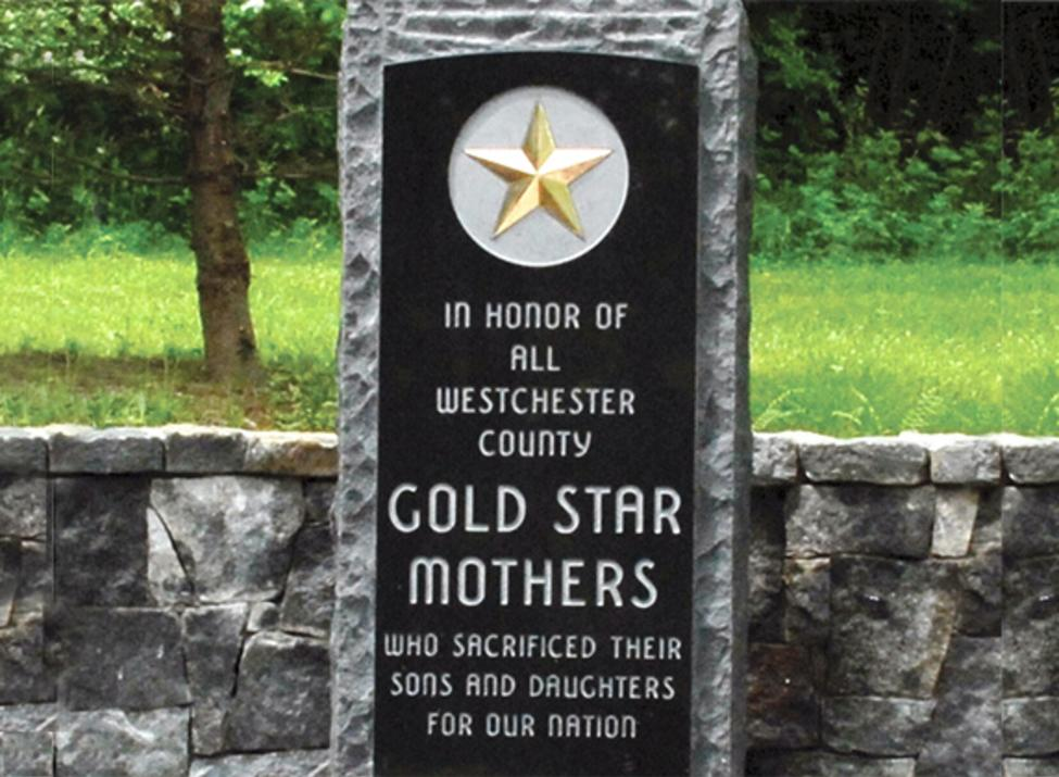 golden star mother monument