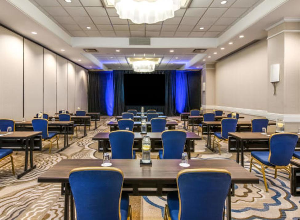 Sonesta meeting room (small)
