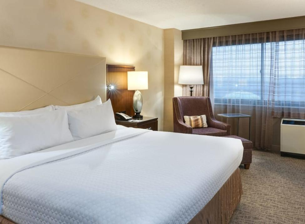 Sonesta guest room