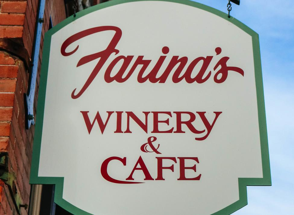 Farina's Winery and Cafe