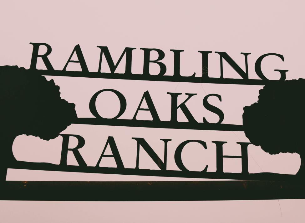 Rambling Oaks