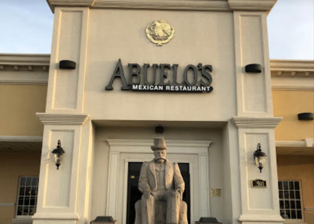 Abuelo's Entrance