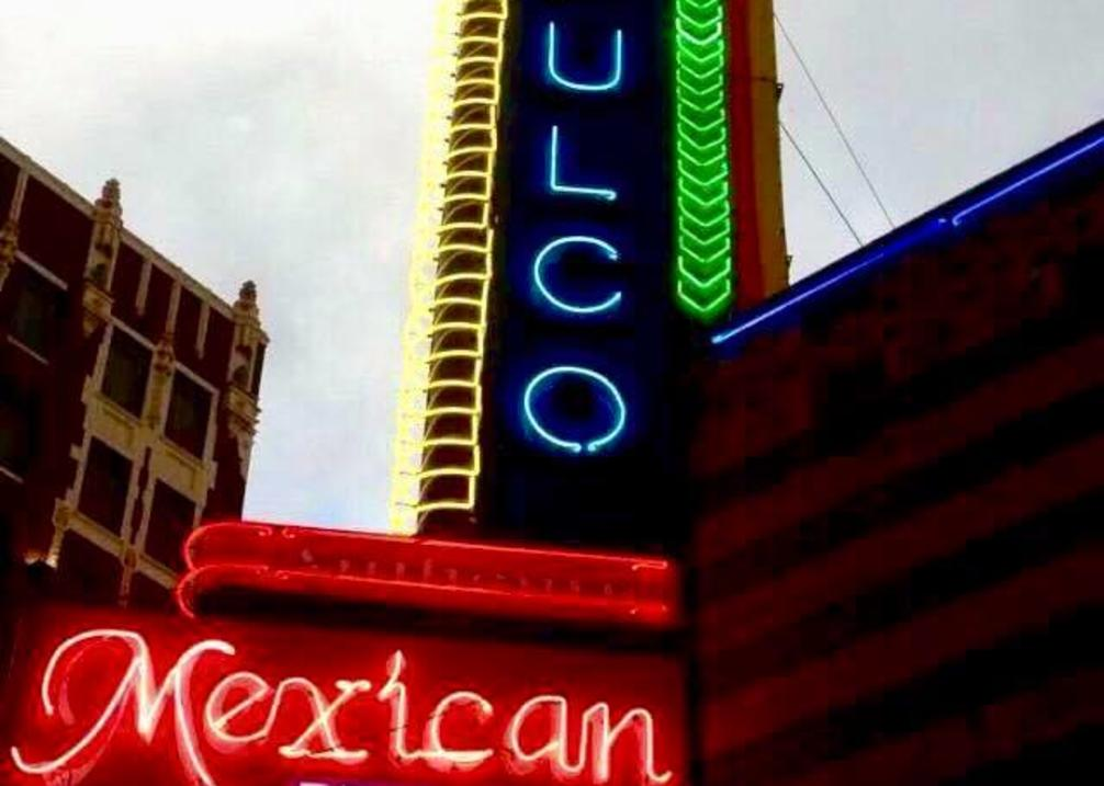 Acapulco's Sign
