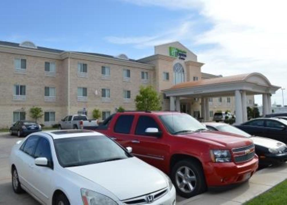 Holiday Inn Express & Suites Wolflin