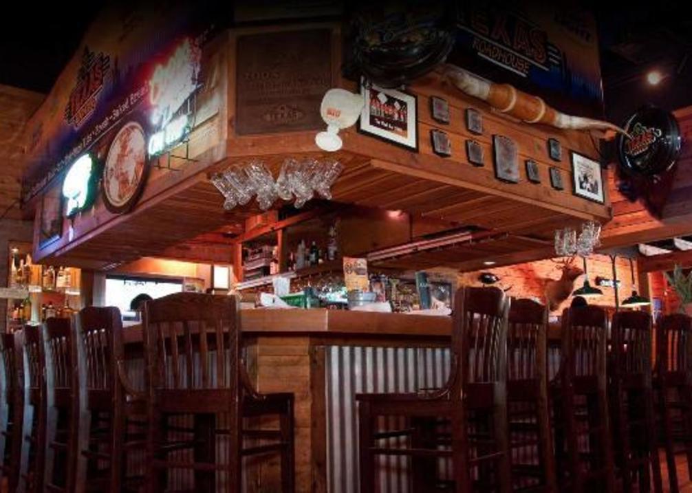 Texas Roadhouse interior