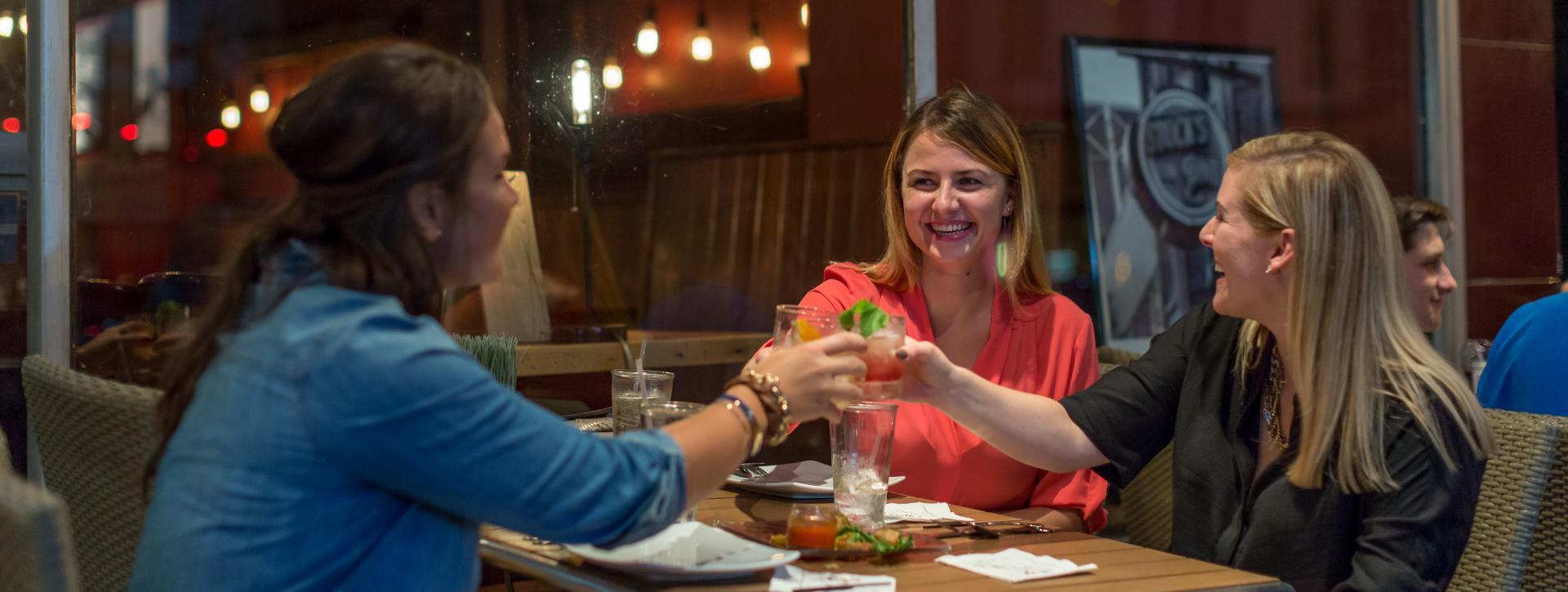 stocks-on-second-harrisburg-restaurant-row-happy-hour
