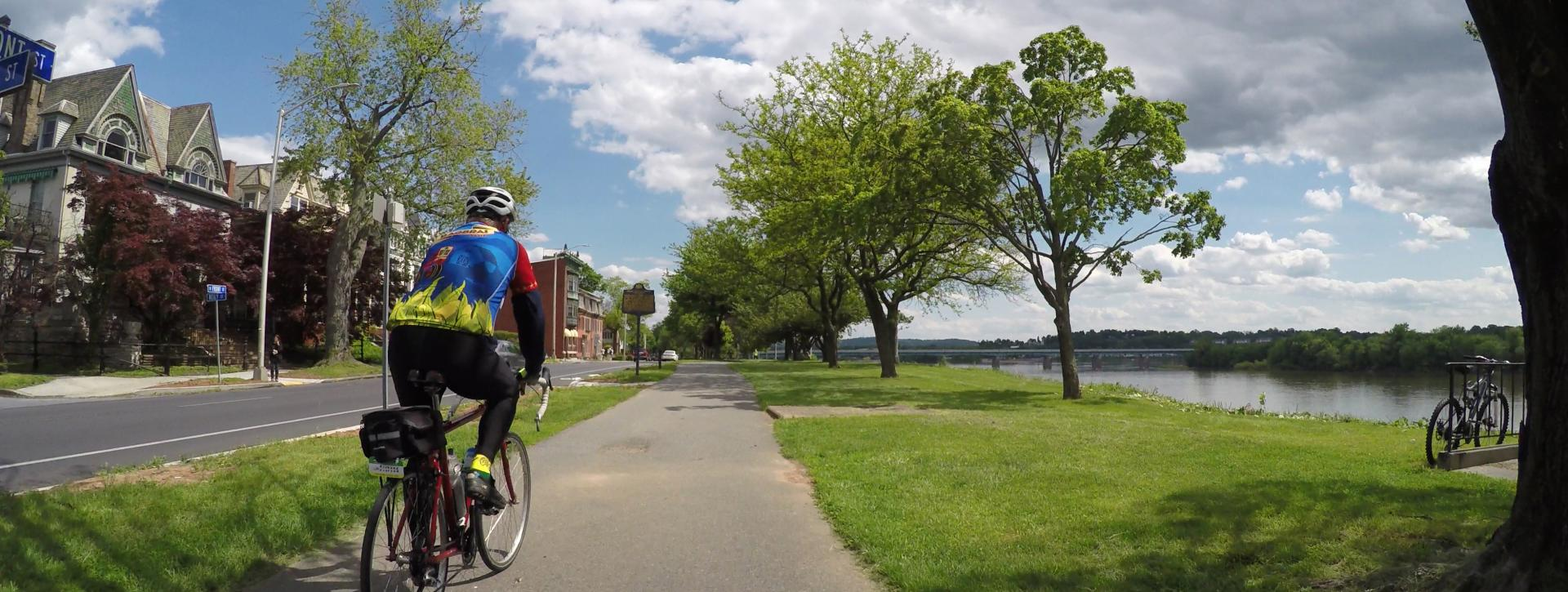 biking-capital-area-greenbelt-riverfront-park-harrisburg