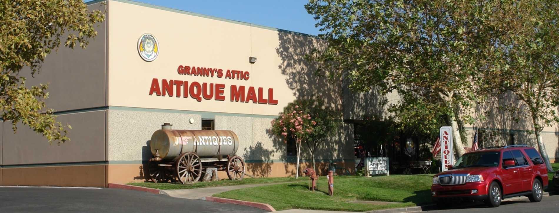 Granny's Attic & Antiques - Temecula