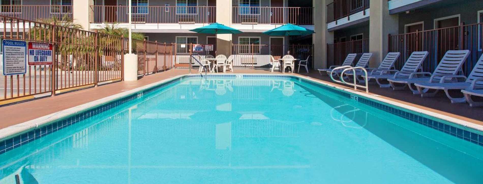Pool - Ramada Inn Temecula