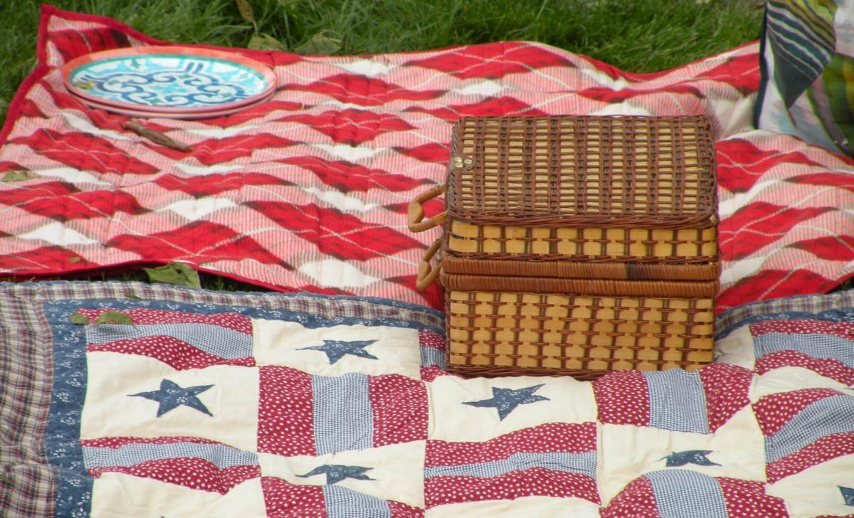 Bristol picnic blanket