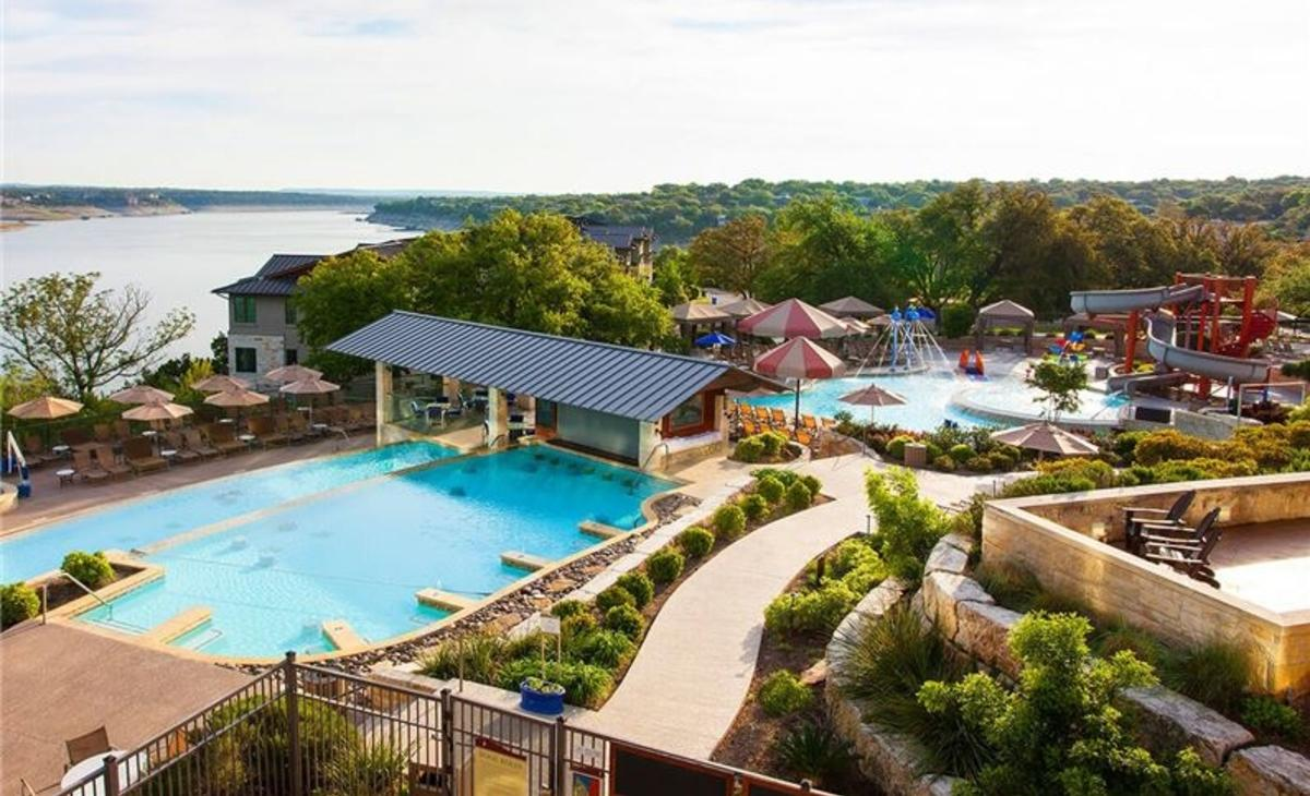 Pools in front of Lake Travis at Lakeway Resort and spa near austin texas