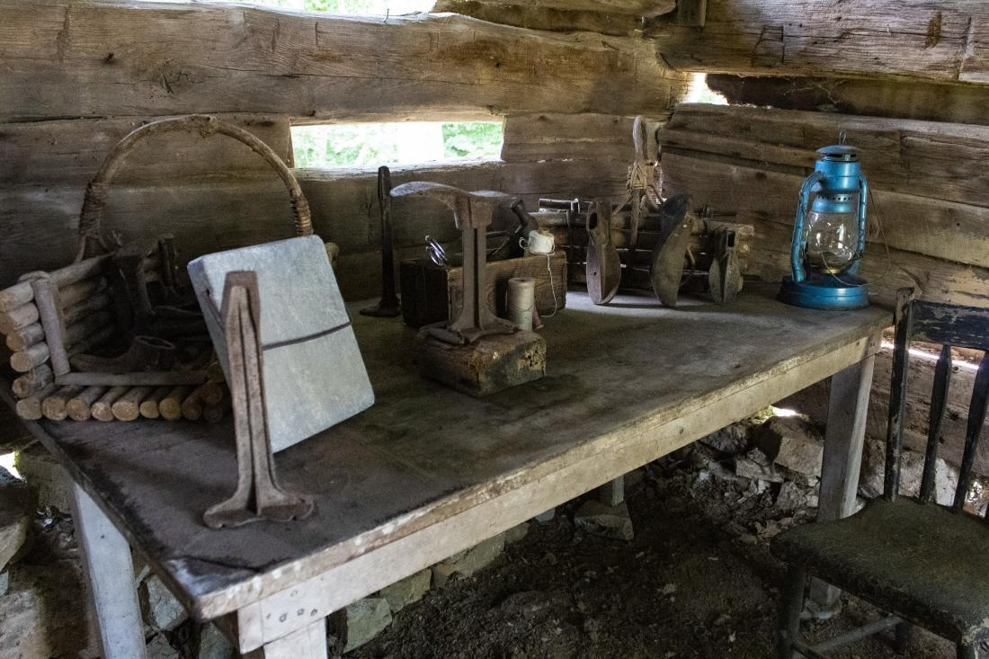Cobbler's shop and tools at Historic Collinsville