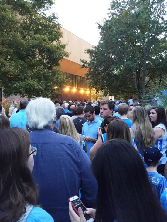 Crowd outside Dean Smith Center for Late Night w/ Roy
