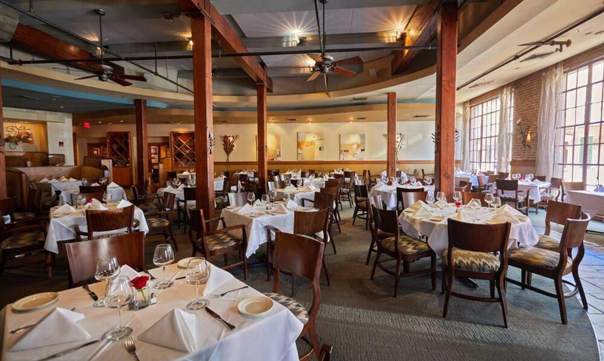GW Fins Main Dining Room