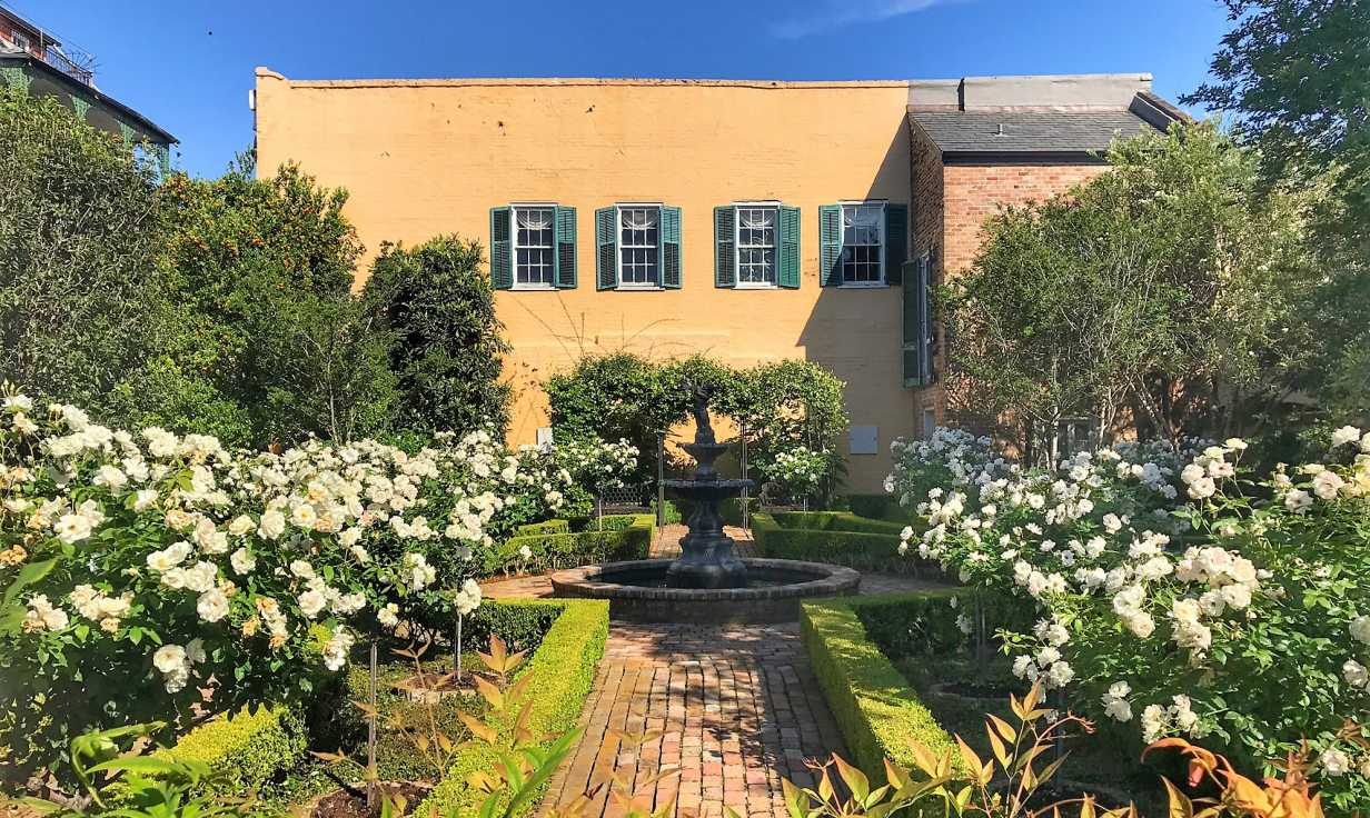 Beuregard-Keyes House Parterre Garden