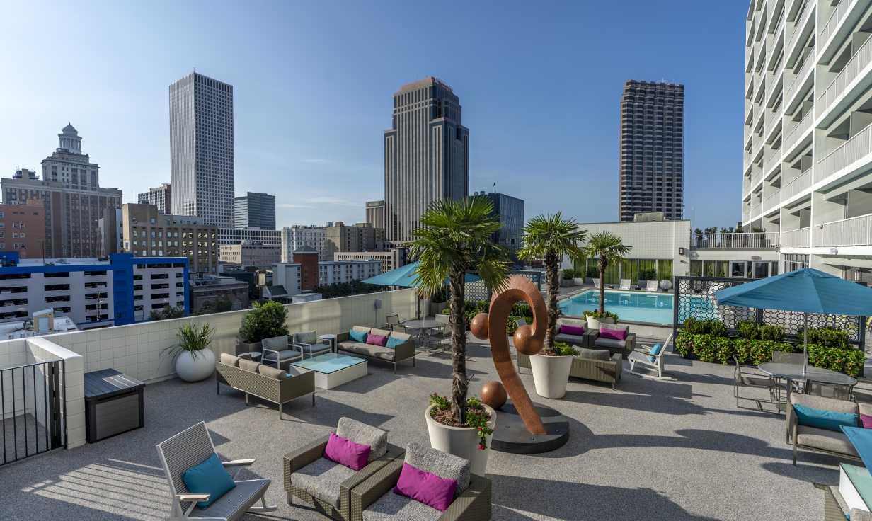 Rooftop Pool & Terrace