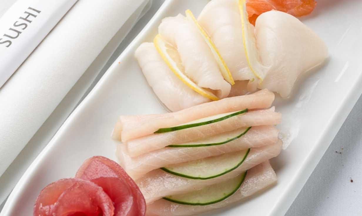 Tsunami Sushi Food #3