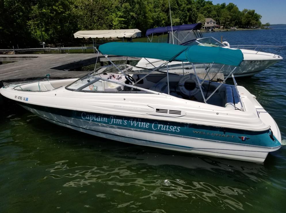 Captain Jim's Wine Cruises boat