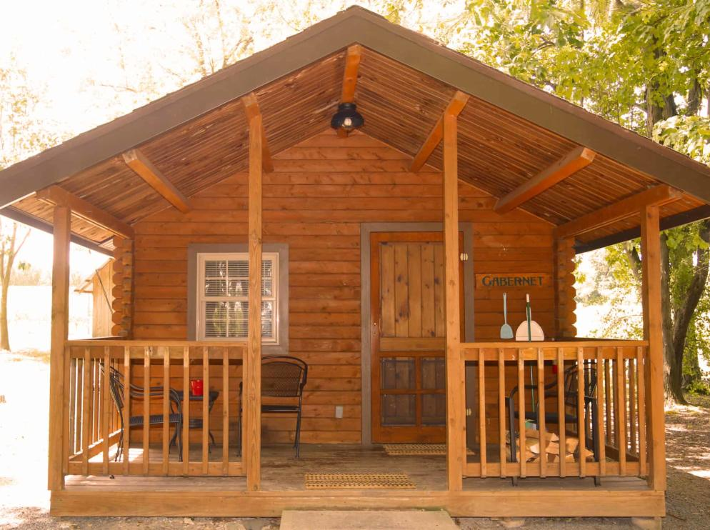 Buttonwood Grove Cabin