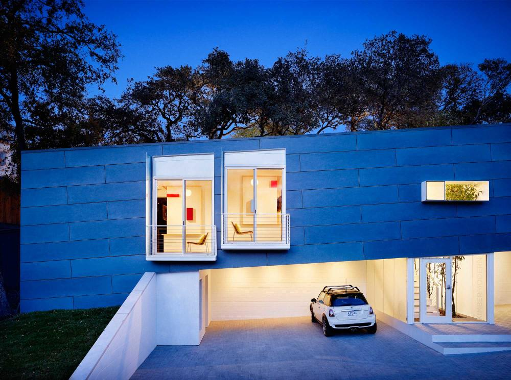 Exterior of Kimber Modern boutique hotel in Austin Texas