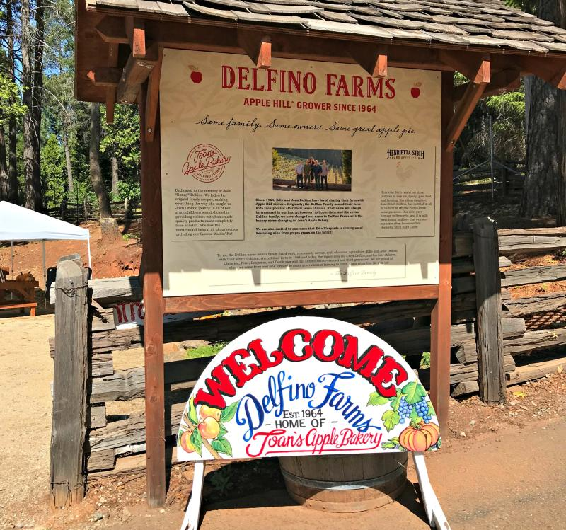 Delfino Farms Sign