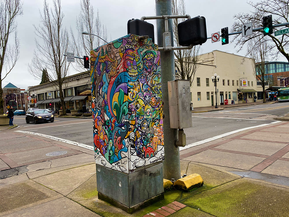 Art The Box by Philis McLennan | Courtesy of Eugene, Cascades & Coast