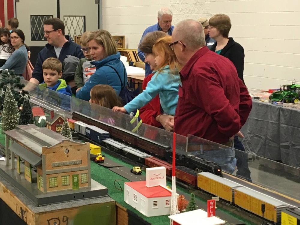 Greenberg Train & Toy Show