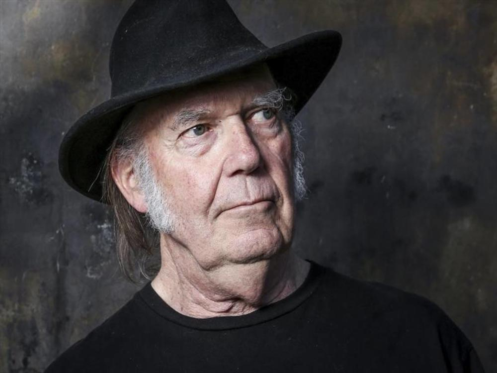 Neil Young finished his post by urging fans to vote in the midterm elections on November 6.