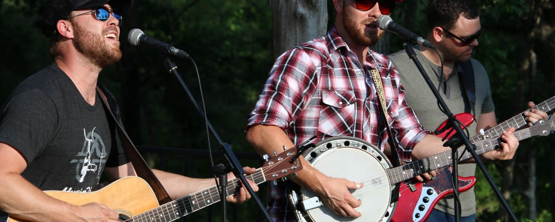 Bash band & banjo Visit Wichita