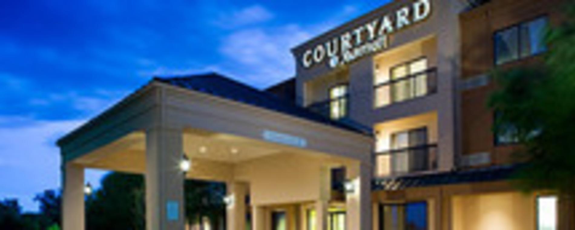 Courtyard by Marriott-Wichita East