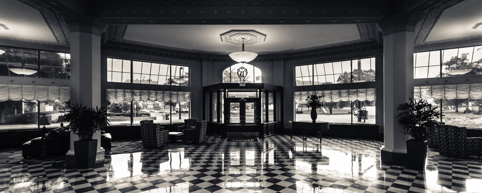 Drury Broadview Plaza Wichita Lobby