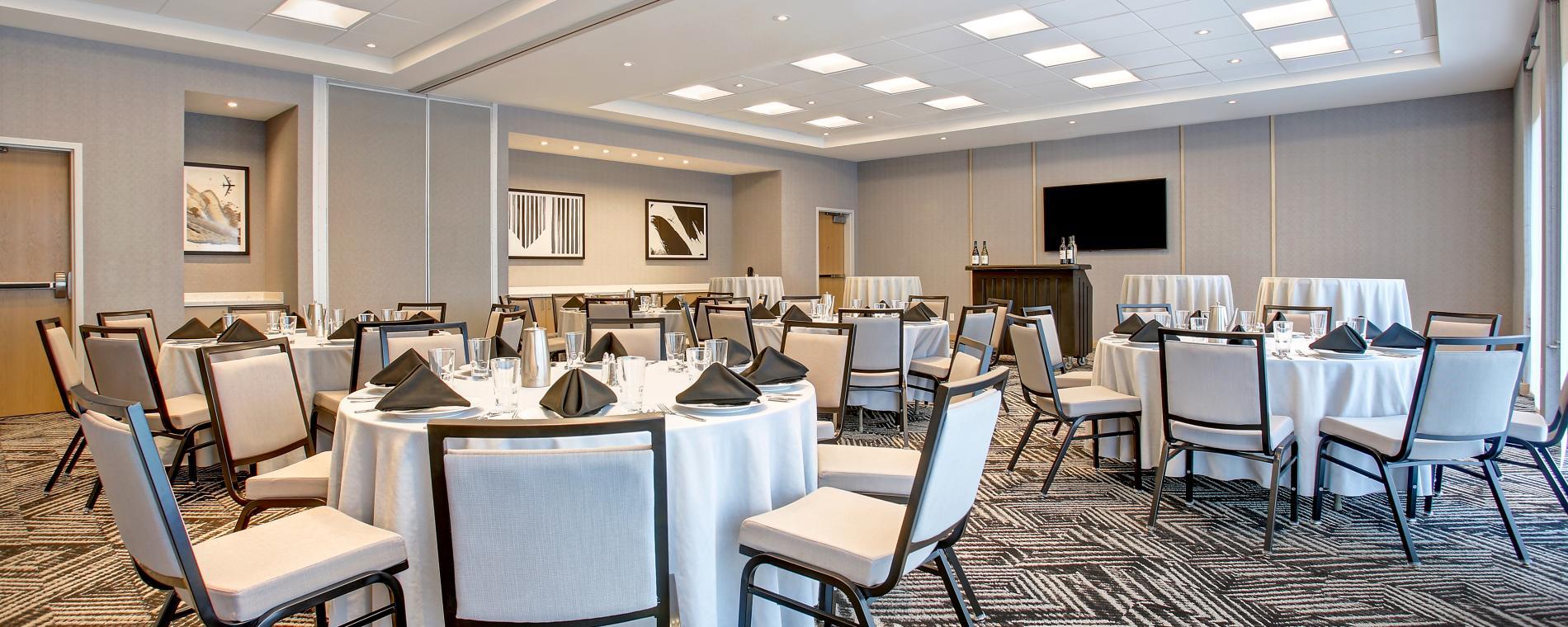 hocker_Ballroom_Banquet_Seating Hyatt Place partner provided Visit Wichita