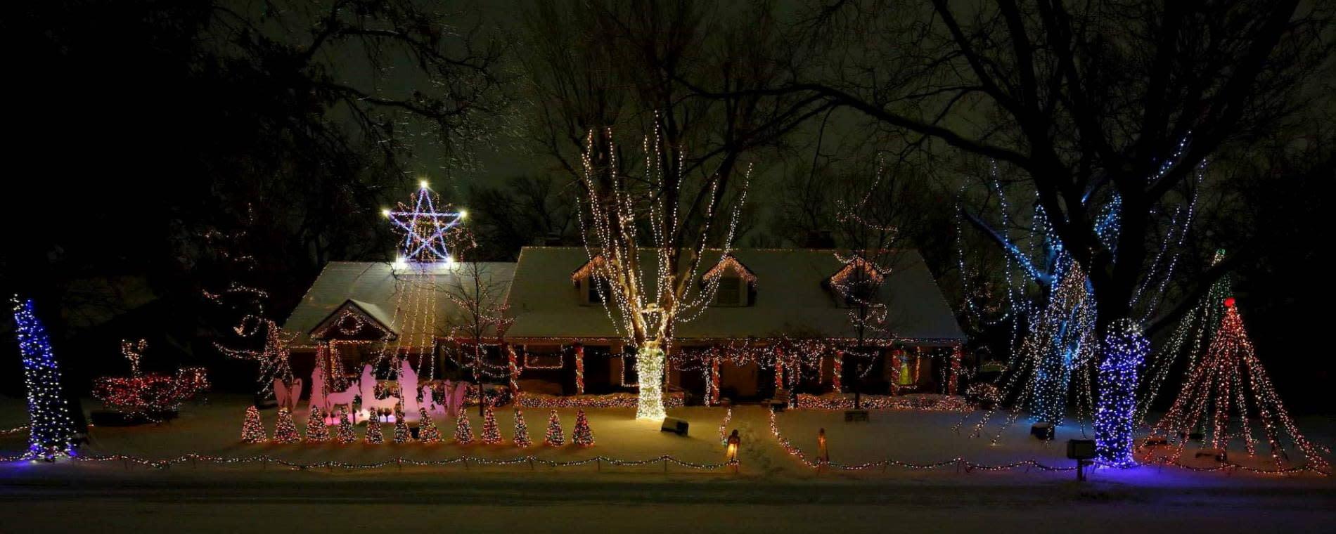Christmas Light Wichita Ks 2020 Map The Marshall Family Christmas Lights 2020