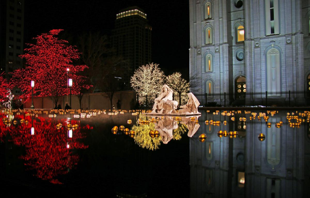 The Reflection pool is a magical holiday scene