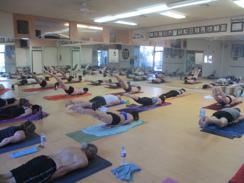 yoga palm springs