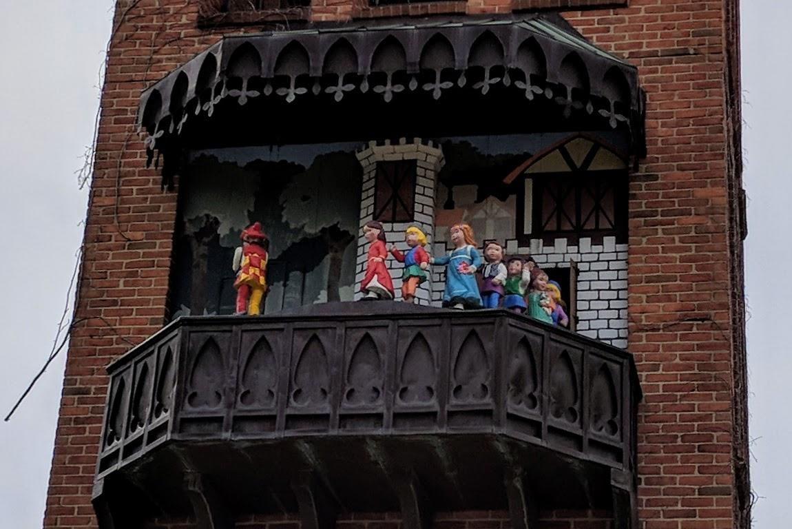 Carroll Tower Glockenspiel