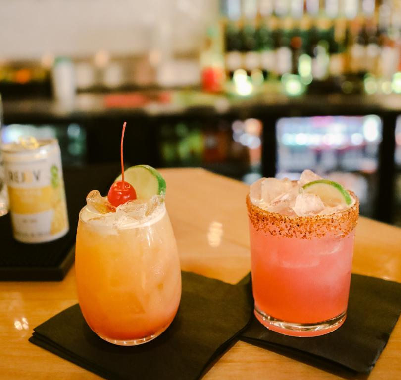MoonWalk Bar